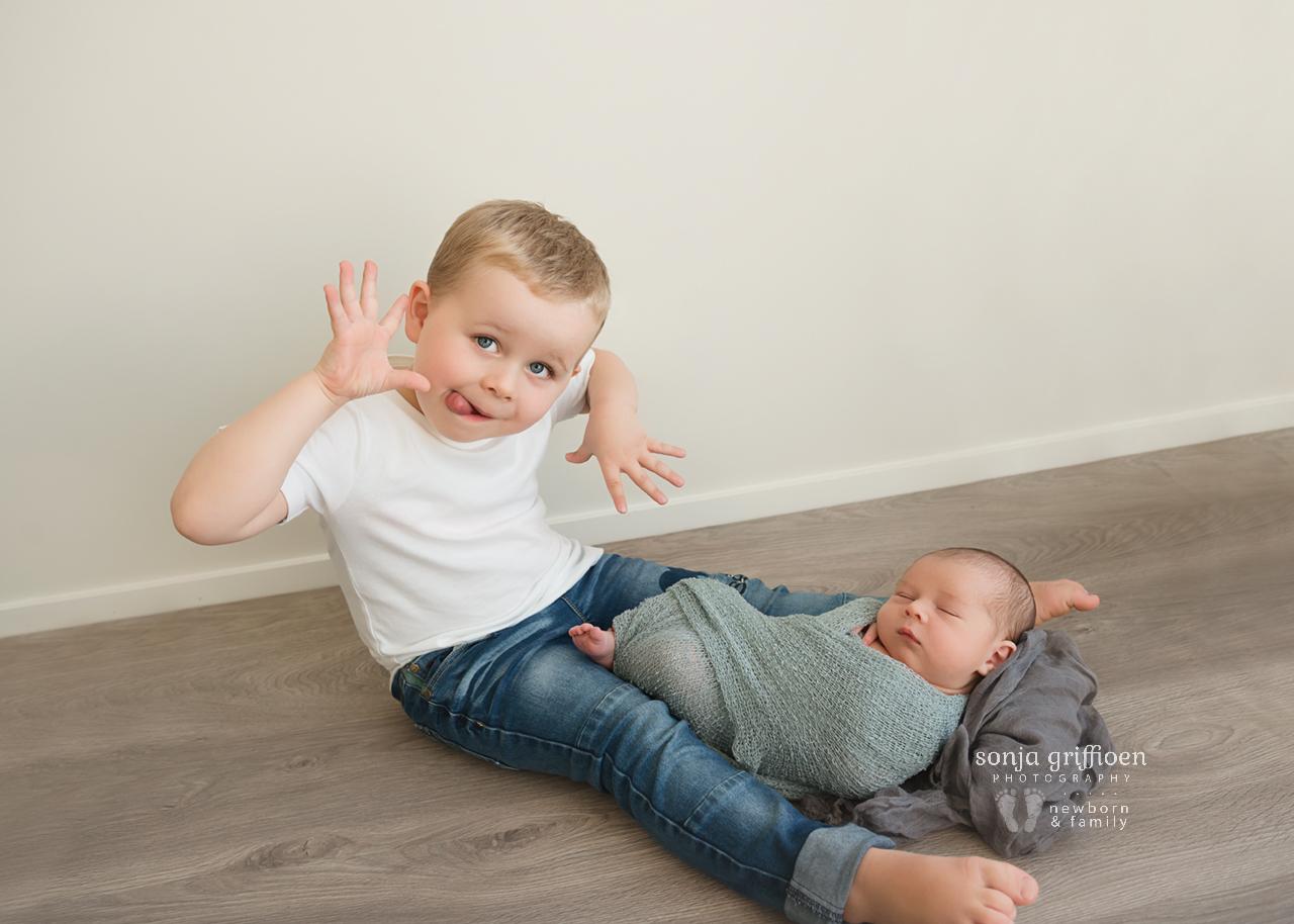 Aaron-Newborn-Brisbane-Newborn-Photographer-Sonja-Griffioen-01.jpg