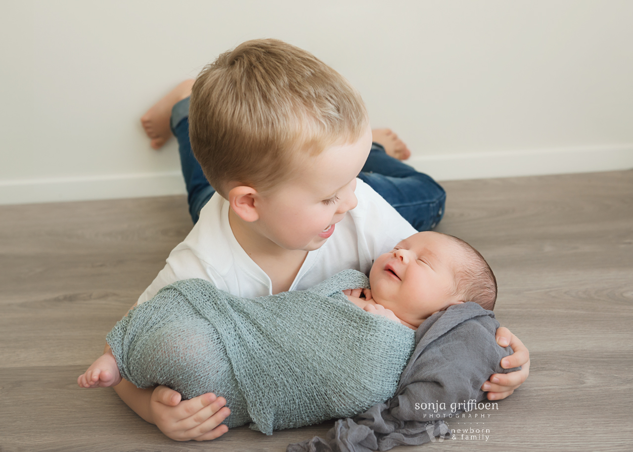 Aaron-Newborn-Brisbane-Newborn-Photographer-Sonja-Griffioen-03.jpg
