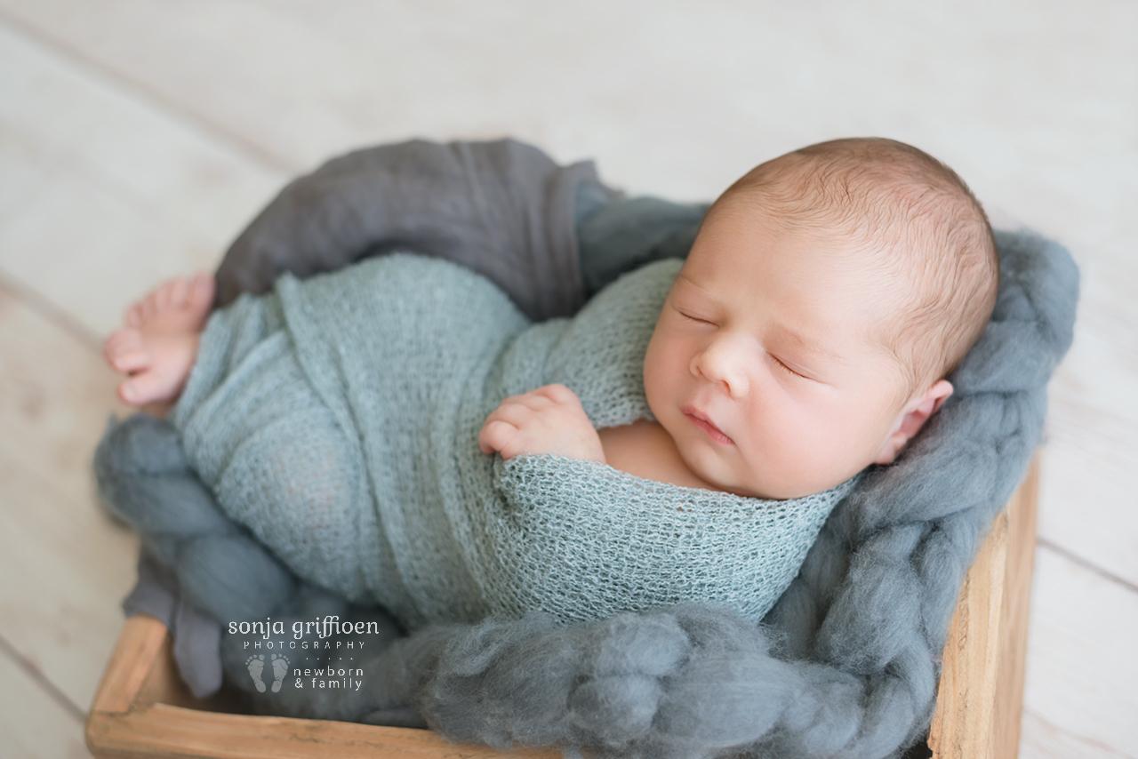 Aaron-Newborn-Brisbane-Newborn-Photographer-Sonja-Griffioen-06.jpg