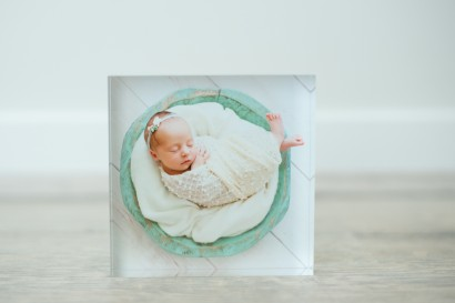 wall prints, desk prints, wall art, newborn wall art, newborn gifts, newborn photo art, newborn photo gifts, baby photos, print newborn photos, Brisbane Newborn Photography