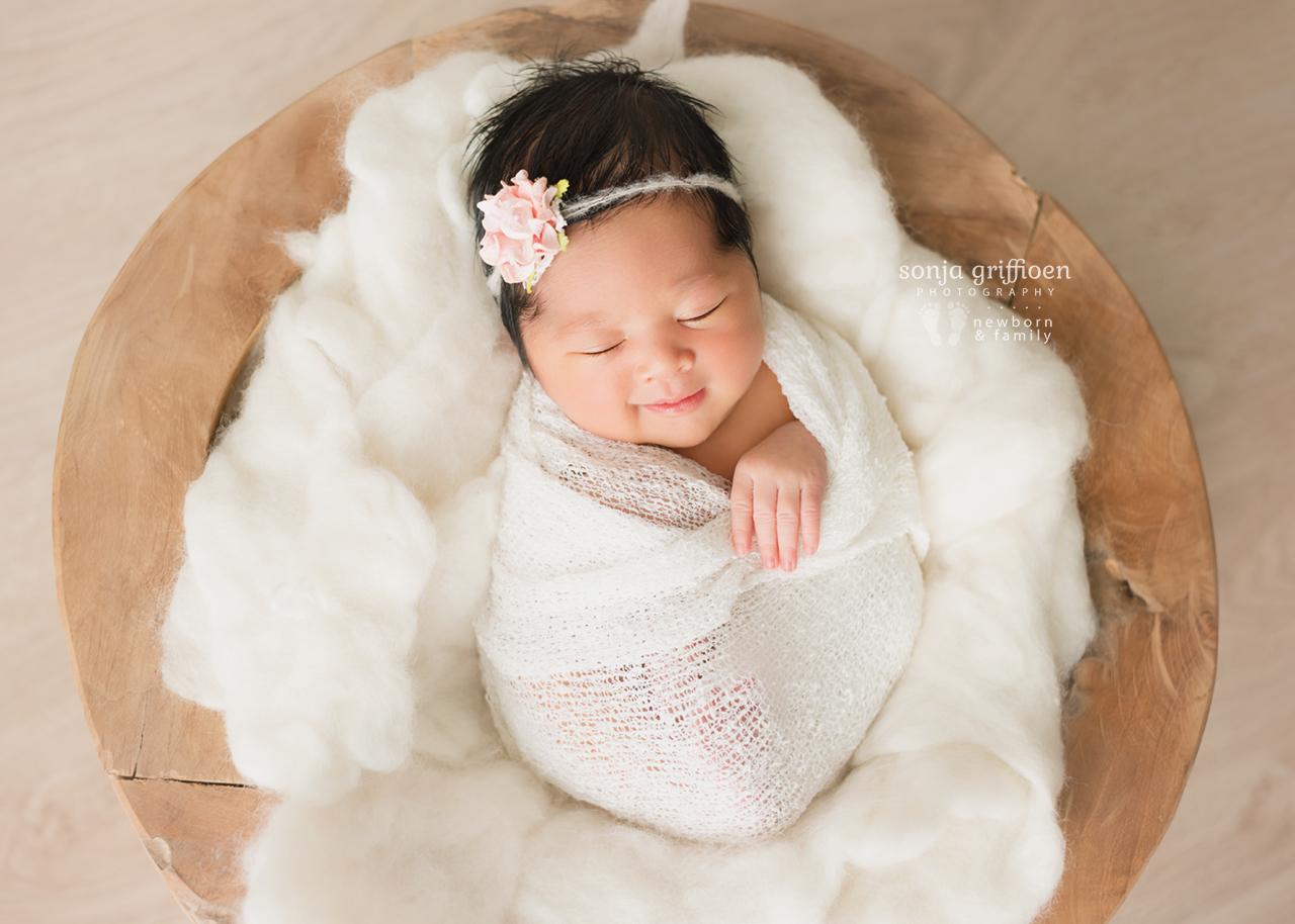 Adelina-Newborn-Brisbane-Newborn-Photographer-Sonja-Griffioen-01.jpg