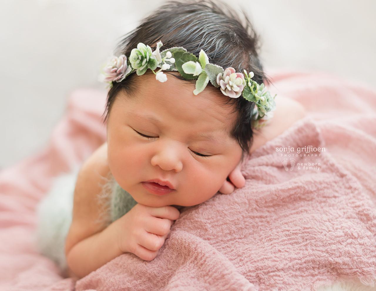 Adelina-Newborn-Brisbane-Newborn-Photographer-Sonja-Griffioen-02.jpg