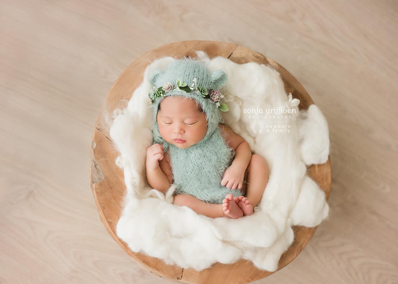 Adelina-Newborn-Brisbane-Newborn-Photographer-Sonja-Griffioen-03.jpg