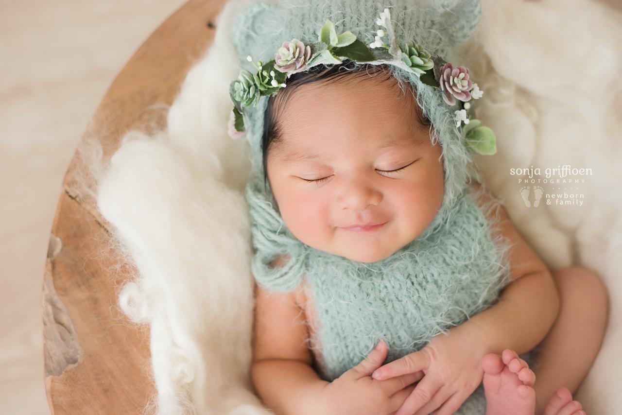 Adelina-Newborn-Brisbane-Newborn-Photographer-Sonja-Griffioen-04.jpg
