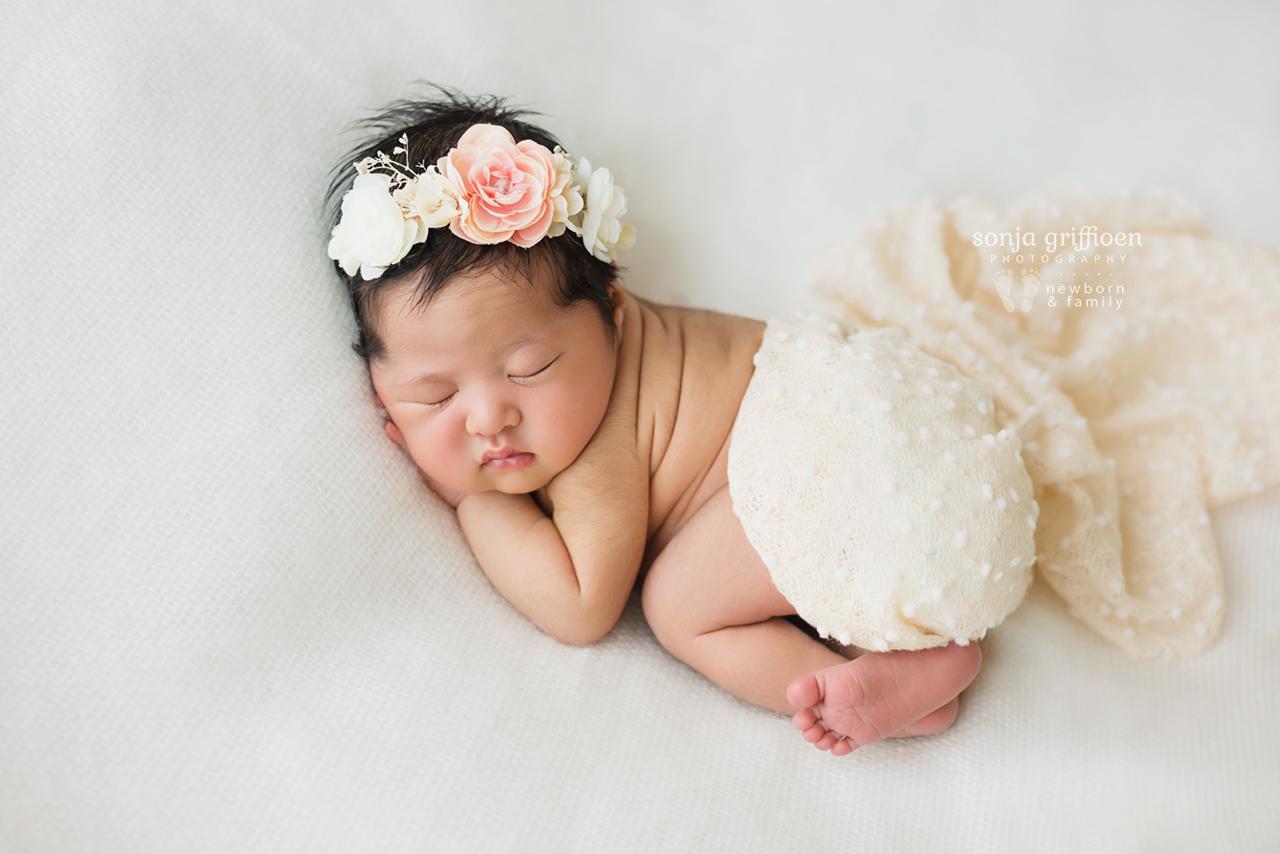 Adelina-Newborn-Brisbane-Newborn-Photographer-Sonja-Griffioen-06.jpg