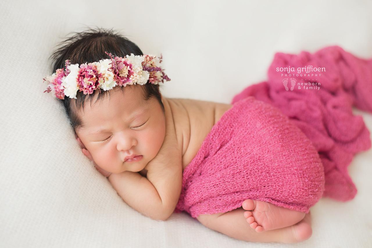 Adelina-Newborn-Brisbane-Newborn-Photographer-Sonja-Griffioen-07.jpg