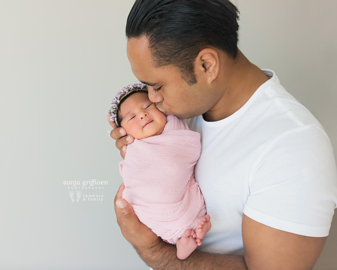 Adelina-Newborn-Brisbane-Newborn-Photographer-Sonja-Griffioen-13.jpg