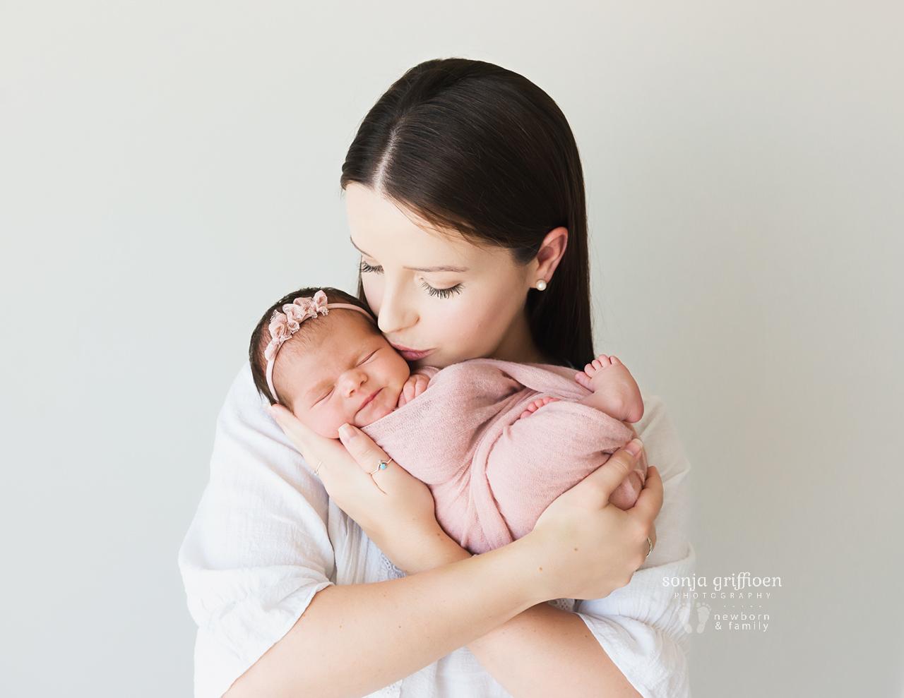 Alessia-Newborn-Brisbane-Newborn-Photographer-Sonja-Griffioen-04.jpg