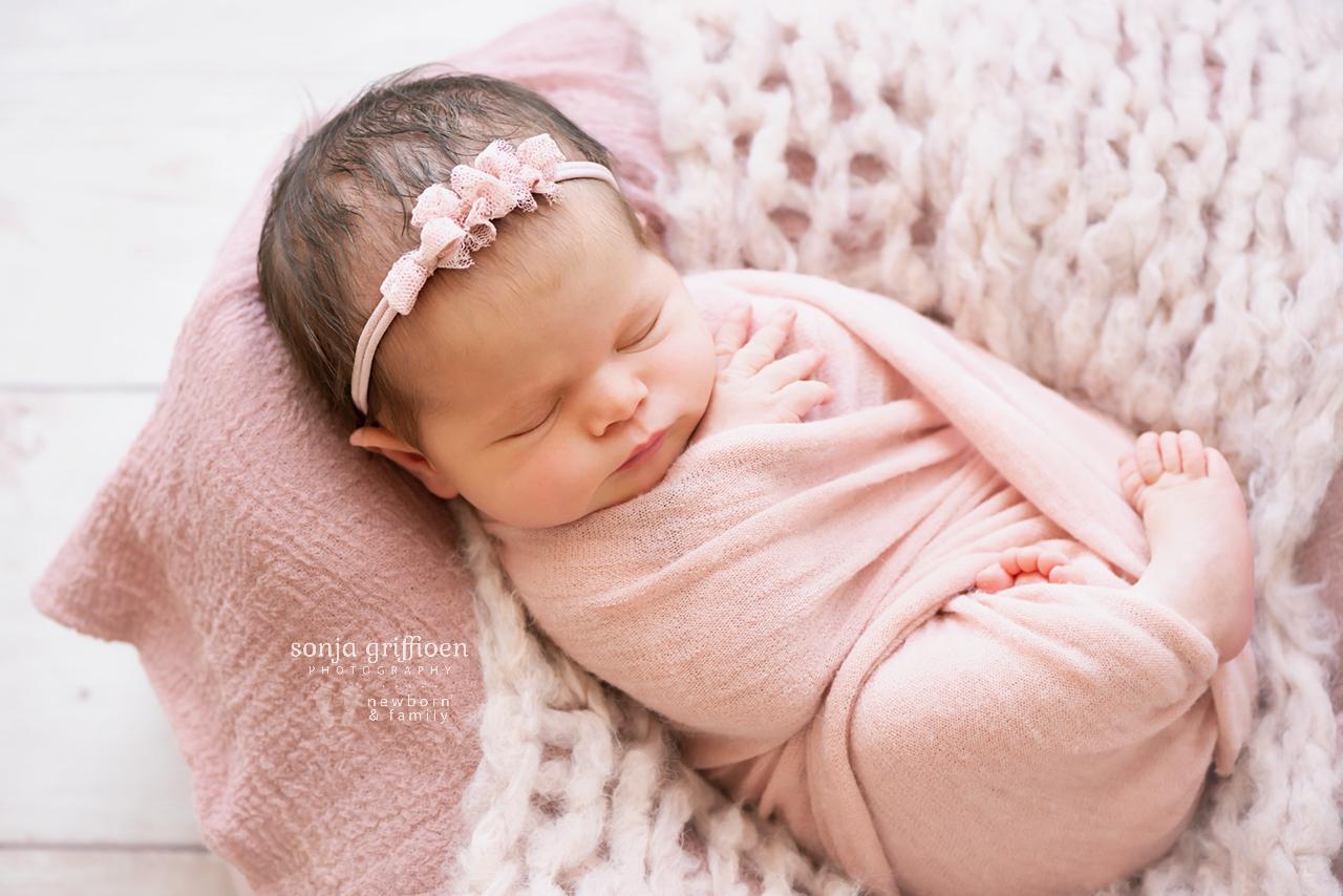 Alessia-Newborn-Brisbane-Newborn-Photographer-Sonja-Griffioen-06.jpg