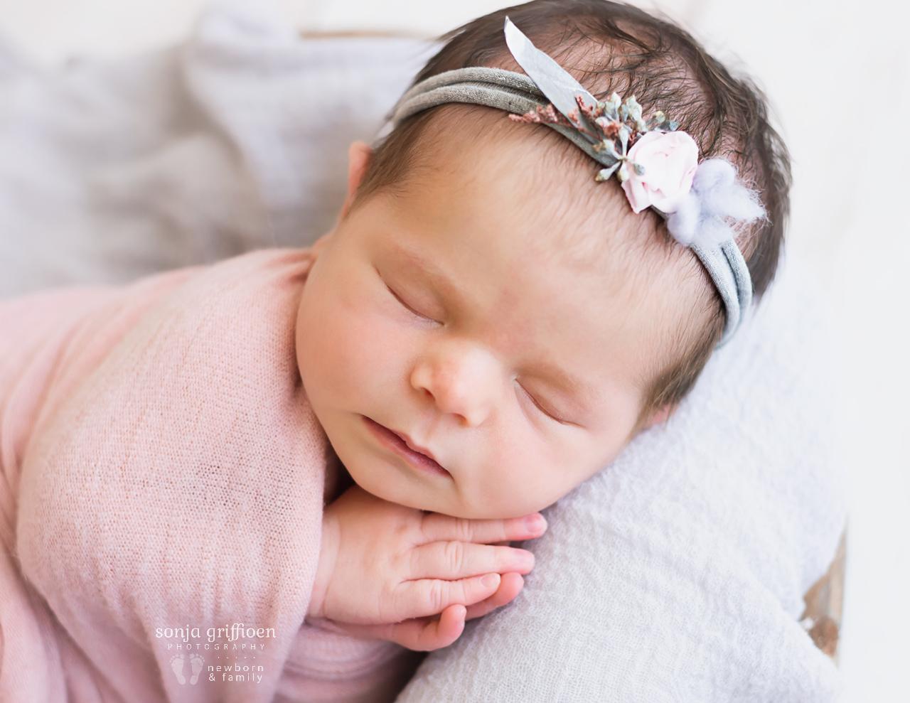 Alessia-Newborn-Brisbane-Newborn-Photographer-Sonja-Griffioen-13b.jpg