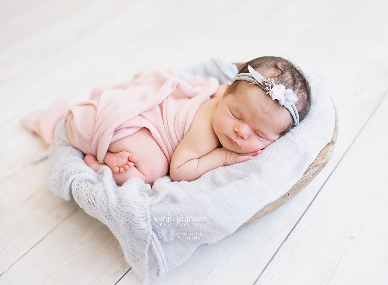 Alessia-Newborn-Brisbane-Newborn-Photographer-Sonja-Griffioen-14.jpg