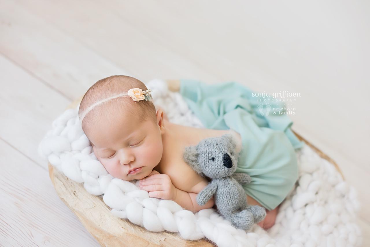 Alira-Newborn-Brisbane-Newborn-Photographer-Sonja-Griffioen-11.jpg