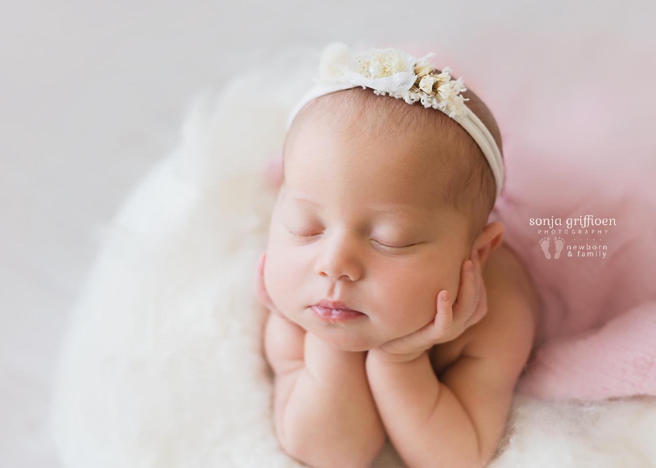 Alira-Newborn-Brisbane-Newborn-Photographer-Sonja-Griffioen-21.jpg