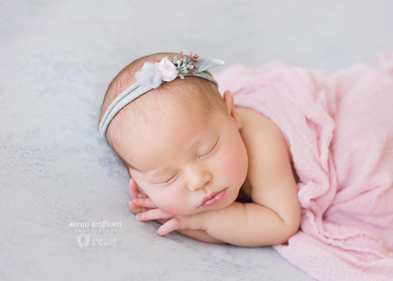 Alira-Newborn-Brisbane-Newborn-Photographer-Sonja-Griffioen-27.jpg