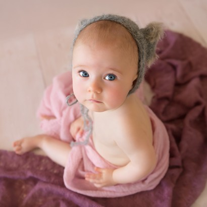 Brisbane sitter session, milestone photography, baby photos Brisbane