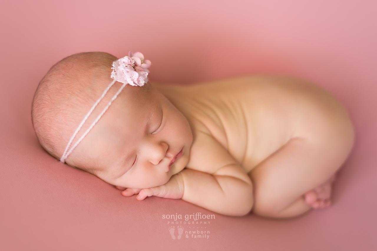 Amelia-Newborn-Brisbane-Newborn-Photographer-Sonja-Griffioen-06.jpg