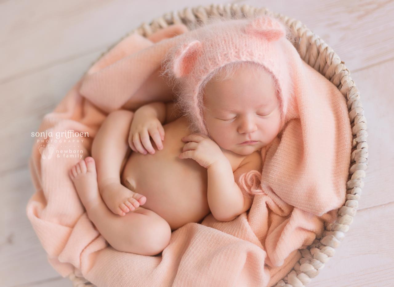 Amelia-Newborn-Brisbane-Newborn-Photographer-Sonja-Griffioen-19.jpg