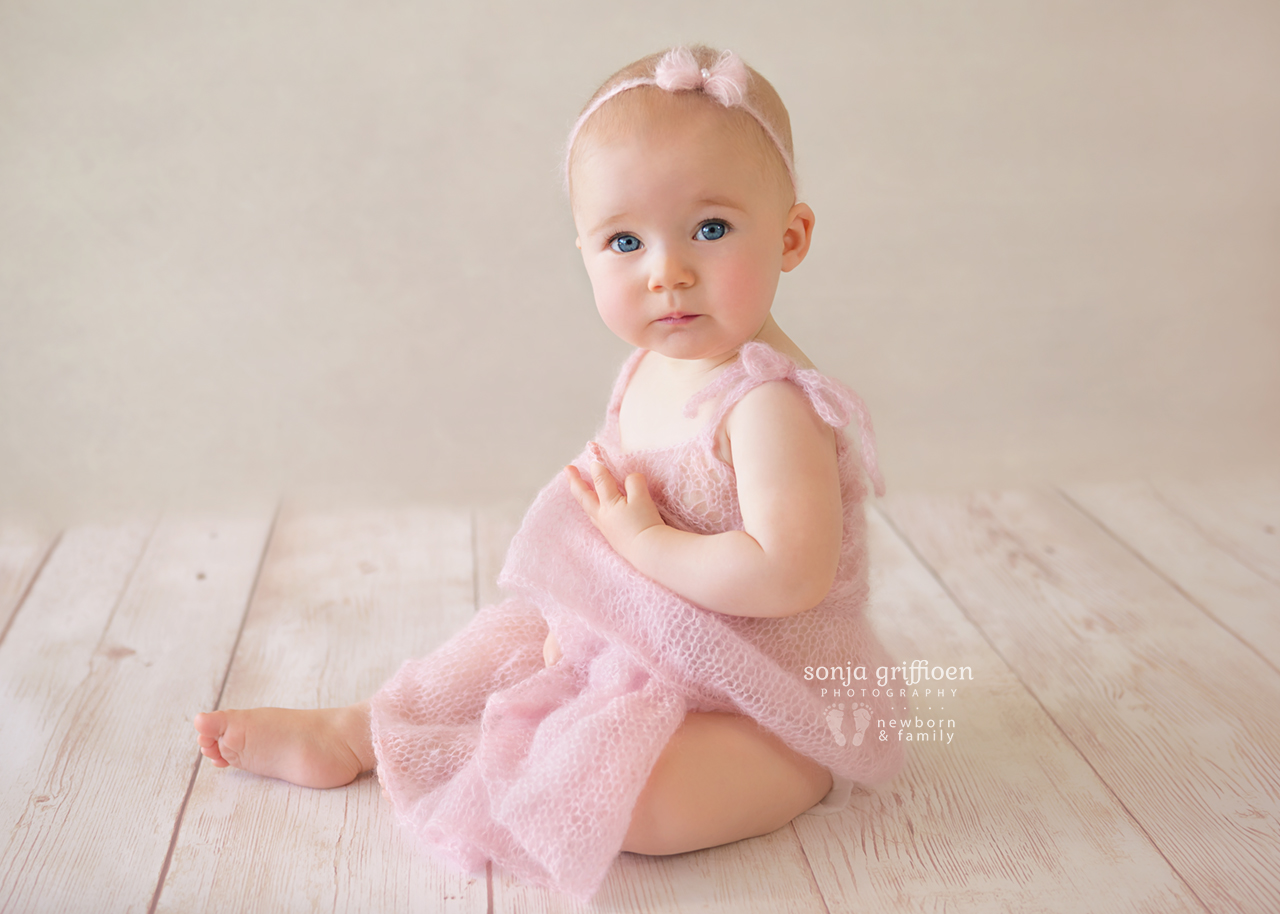 Amelia-Sitter-Brisbane-Newborn-Photographer-Sonja-Griffioen-03.jpg