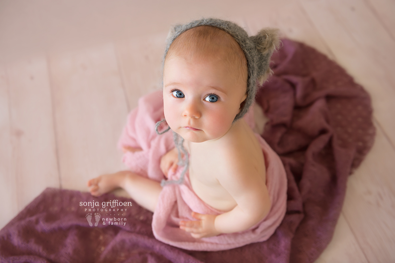 Amelia-Sitter-Brisbane-Newborn-Photographer-Sonja-Griffioen-07.jpg