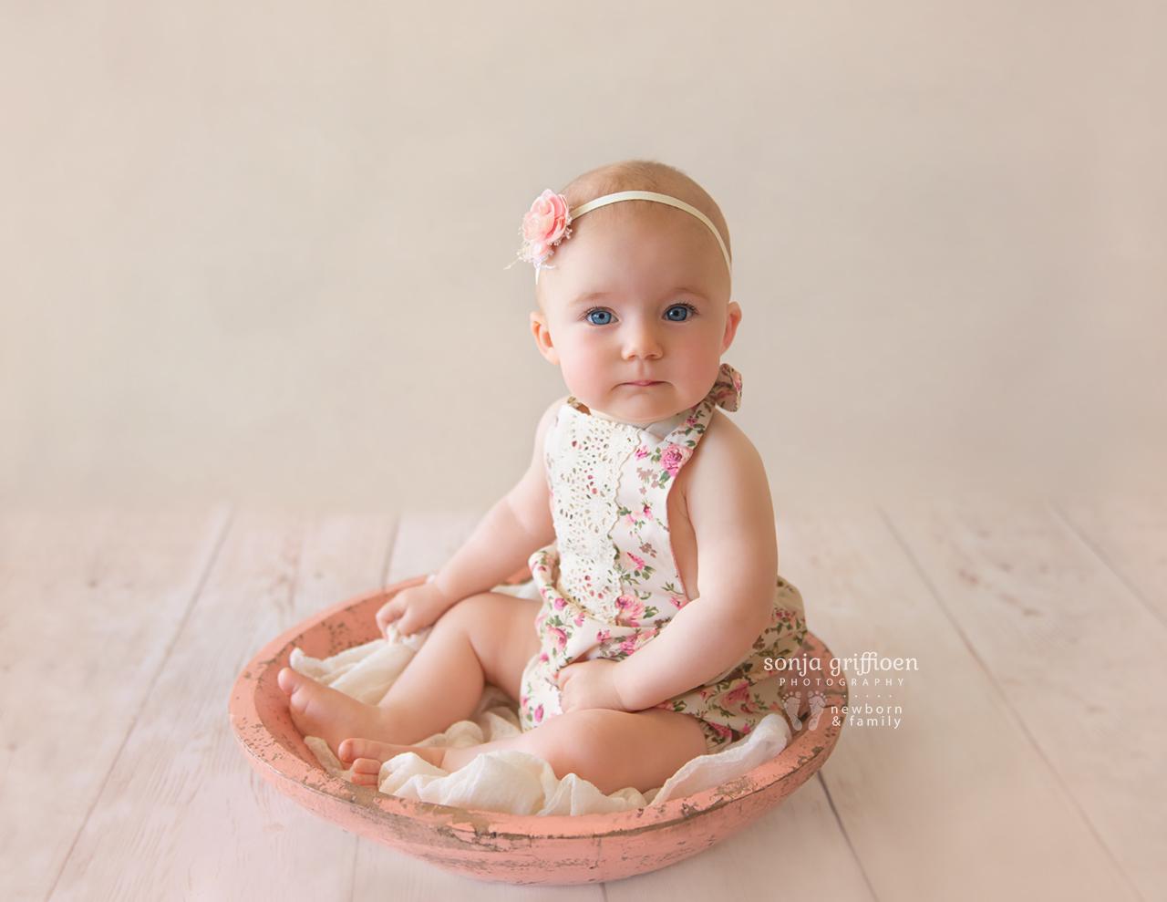 Amelia-Sitter-Brisbane-Newborn-Photographer-Sonja-Griffioen-10.jpg
