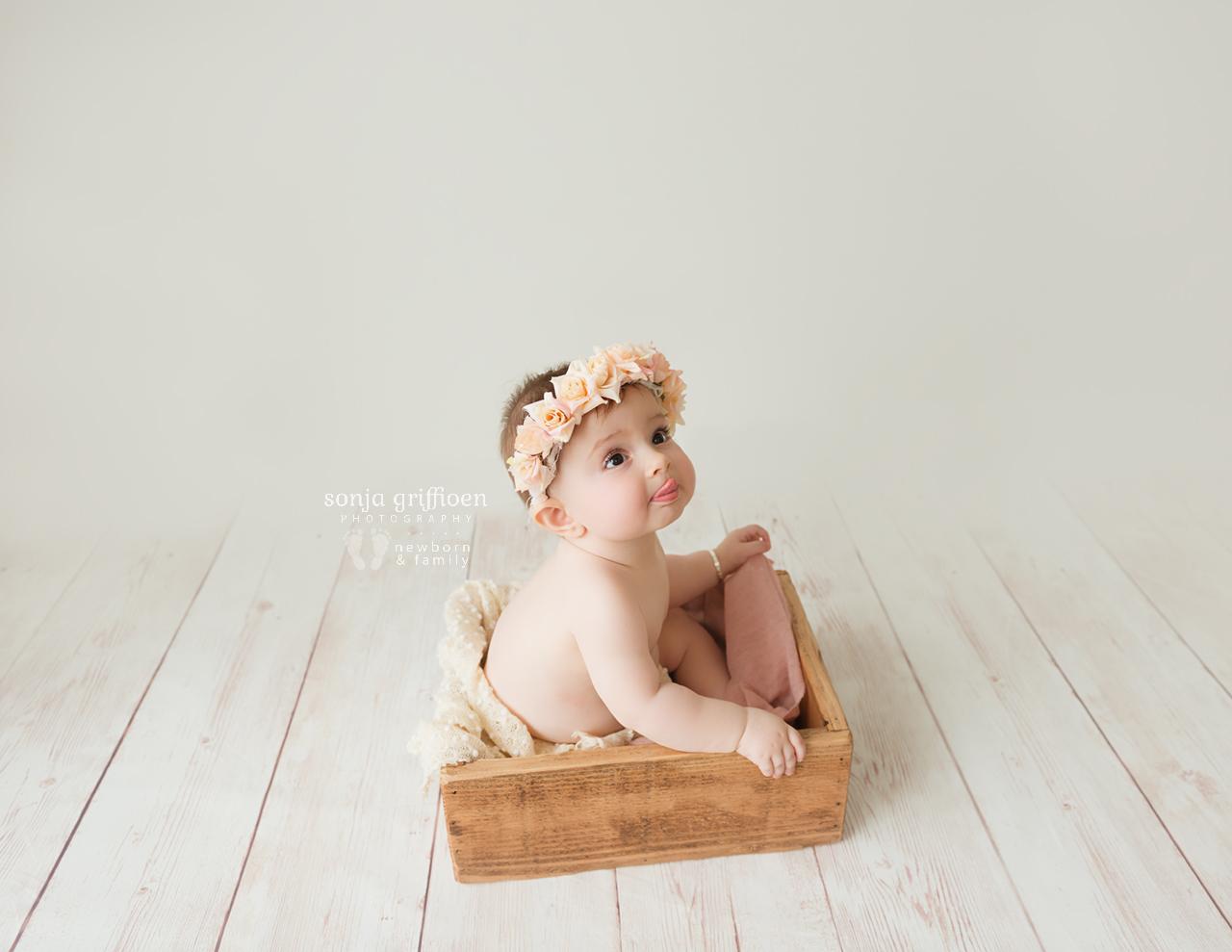 Annabella-Milestone-Brisbane-Baby-Photographer-Sonja-Griffioen-08.jpg