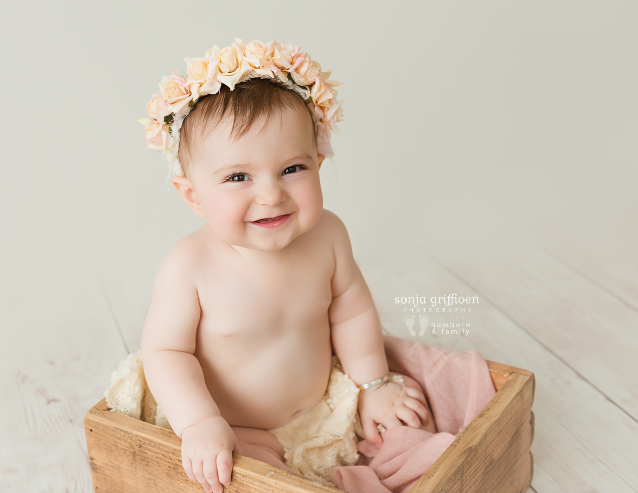 Annabella-Milestone-Brisbane-Baby-Photographer-Sonja-Griffioen-09.jpg