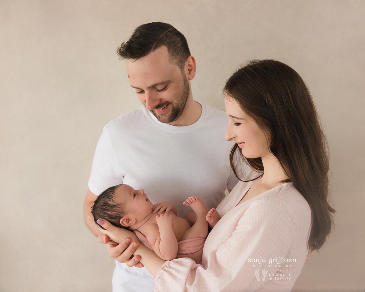 Annabella-Newborn-Brisbane-Newborn-Photographer-Sonja-Griffioen-08.jpg