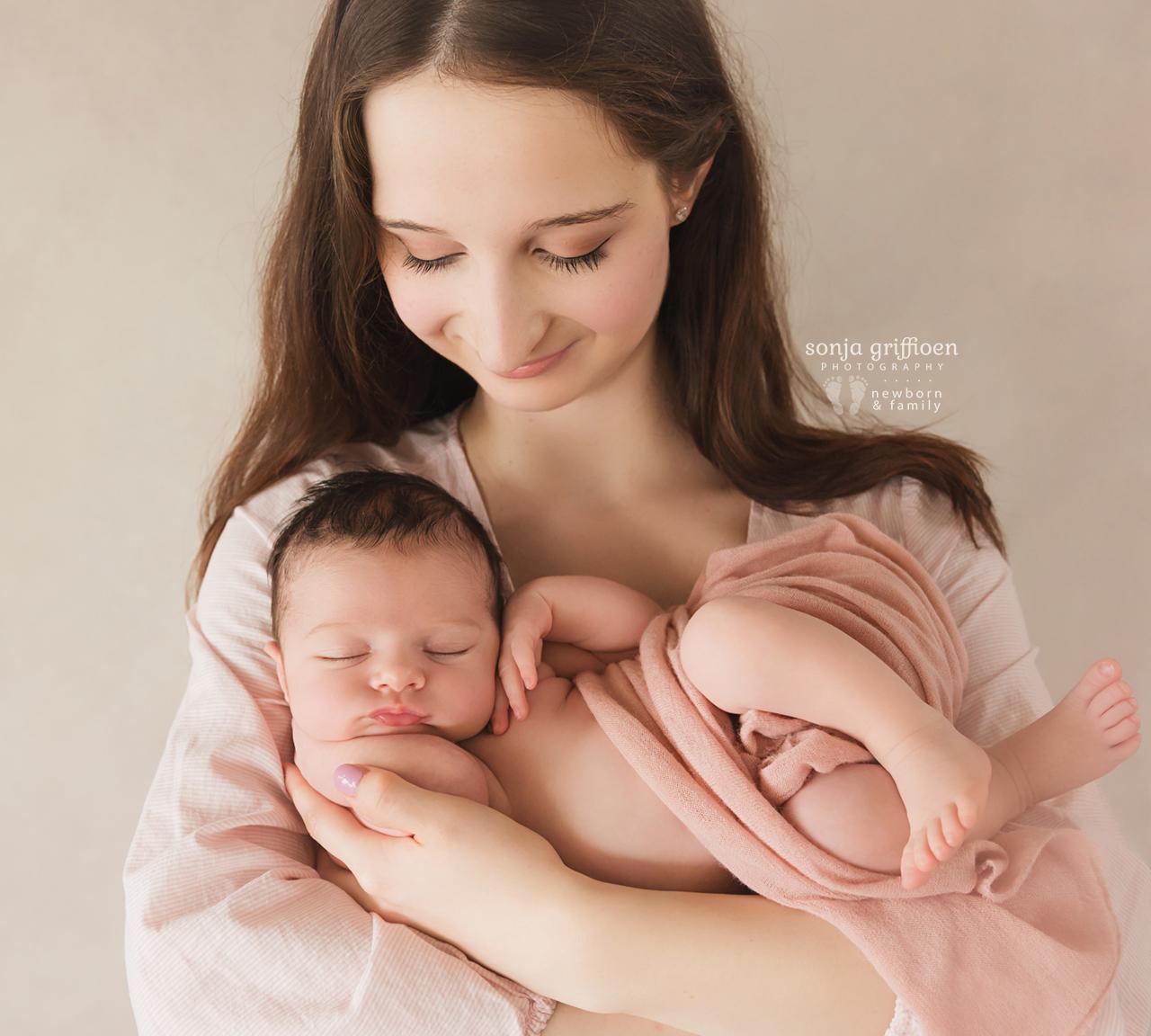 Annabella-Newborn-Brisbane-Newborn-Photographer-Sonja-Griffioen-12.jpg