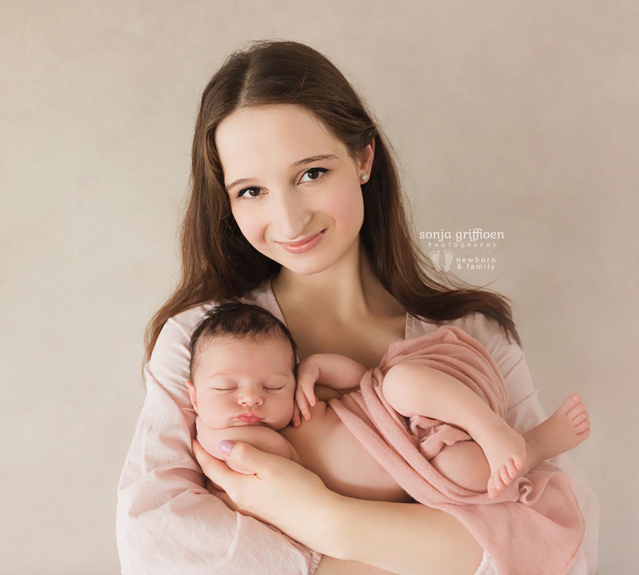 Annabella-Newborn-Brisbane-Newborn-Photographer-Sonja-Griffioen-13.jpg