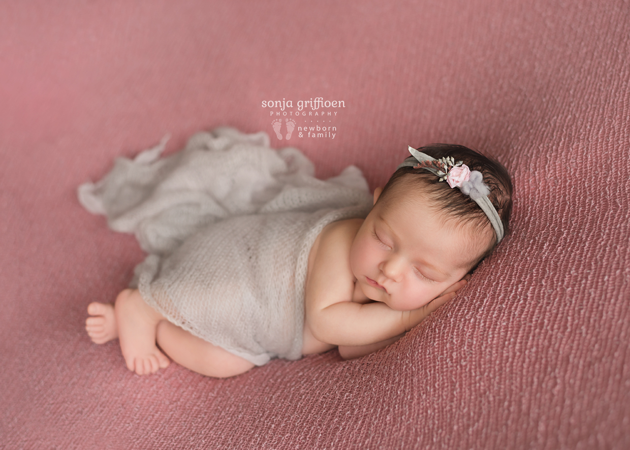 Annabella-Newborn-Brisbane-Newborn-Photographer-Sonja-Griffioen-20.jpg