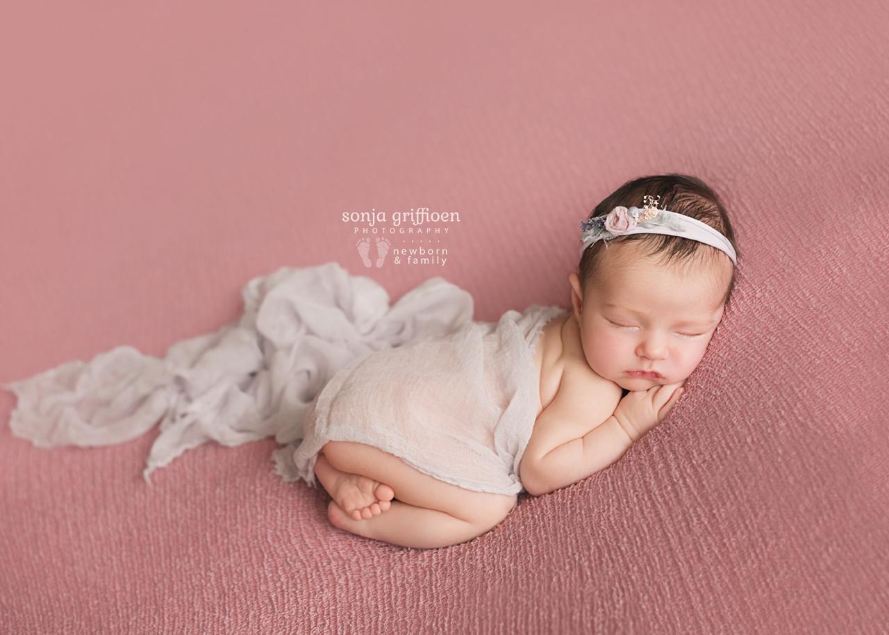 Annabella-Newborn-Brisbane-Newborn-Photographer-Sonja-Griffioen-27.jpg