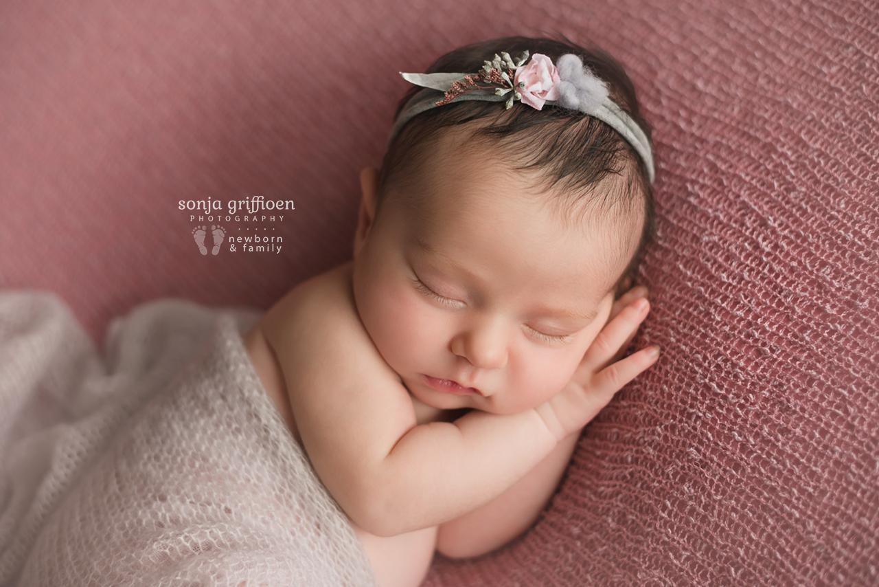 Annabella-Newborn-Brisbane-Newborn-Photographer-Sonja-Griffioen-28.jpg