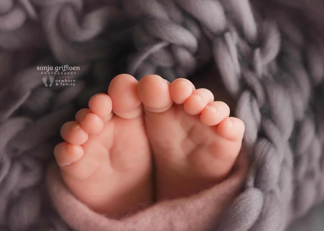 Annabella-Newborn-Brisbane-Newborn-Photographer-Sonja-Griffioen-30.jpg