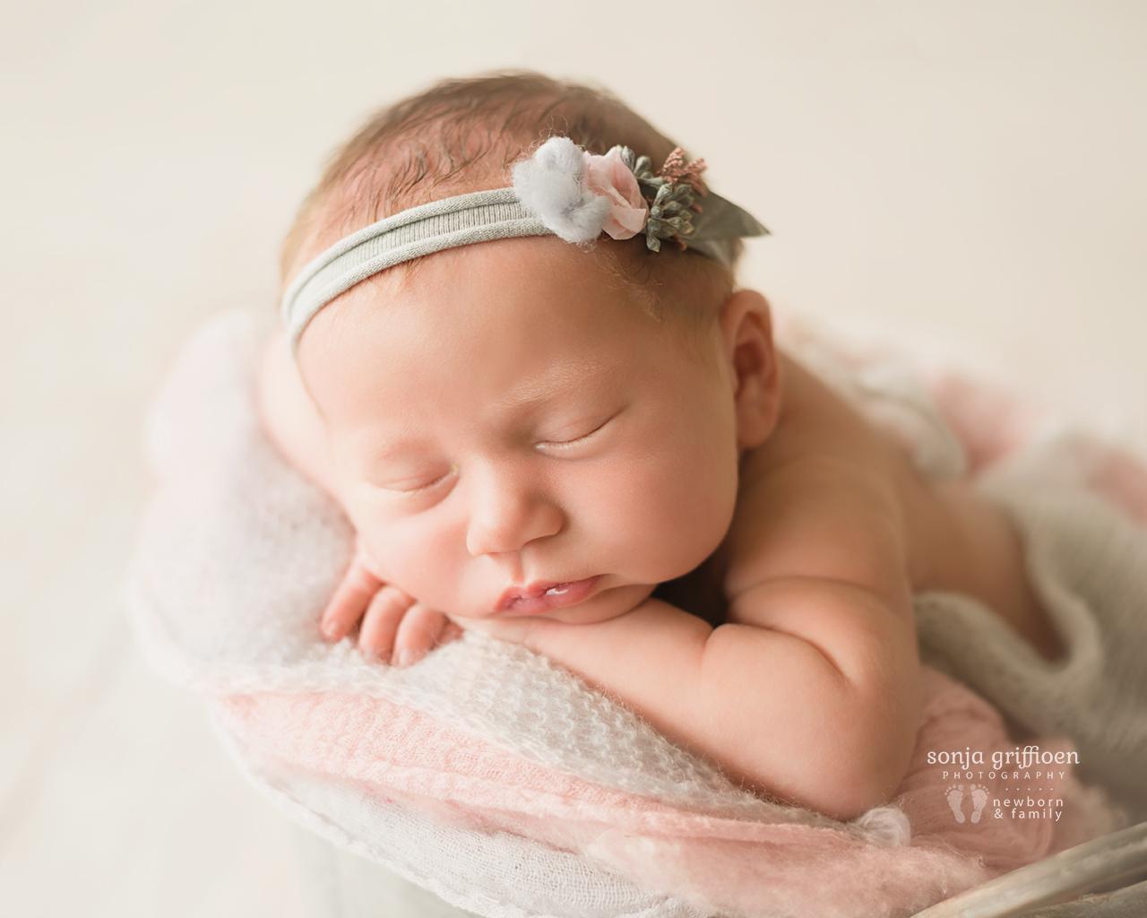Anneke-Newborn-Brisbane-Newborn-Photographer-Sonja-Griffioen-21.jpg