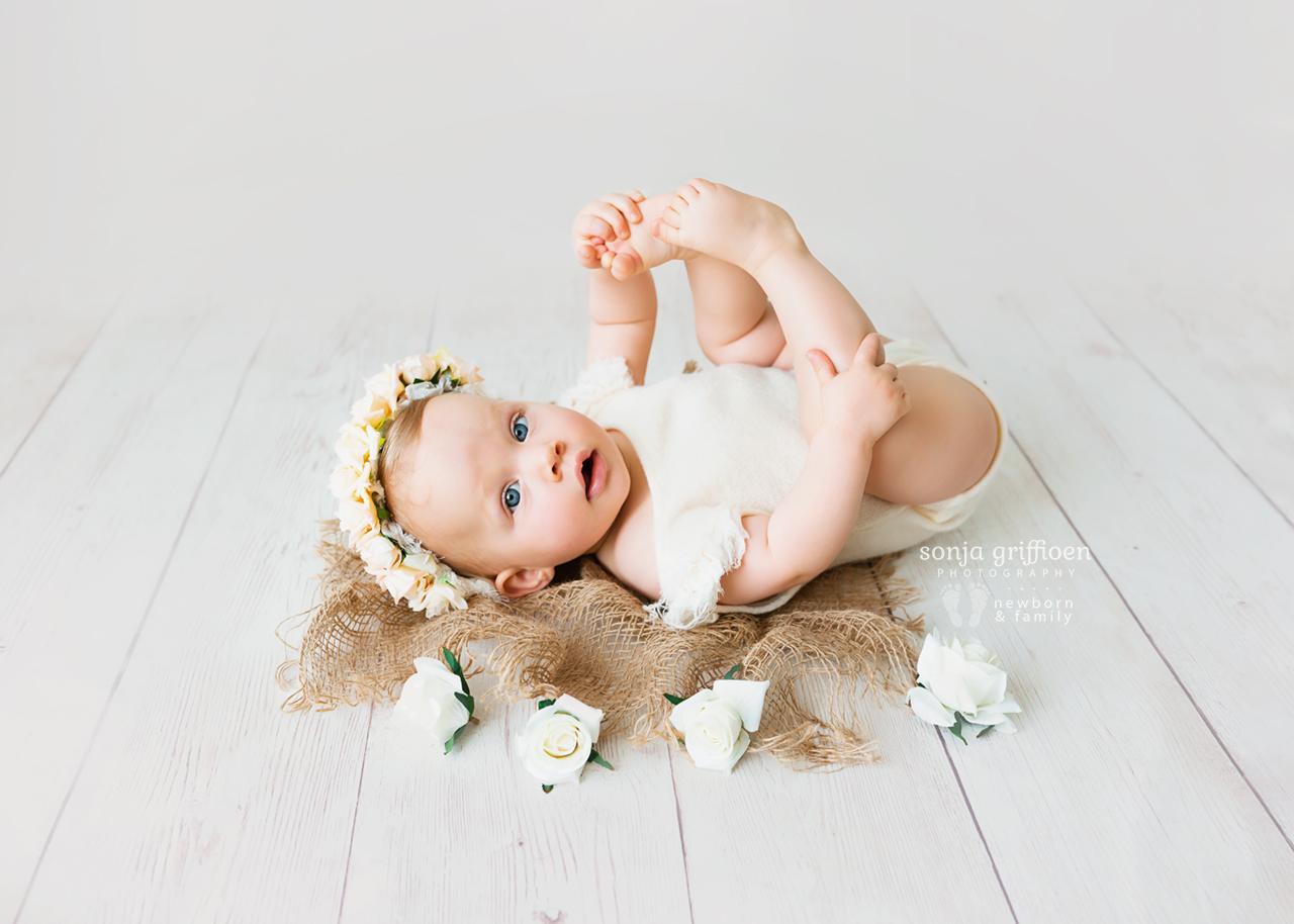 Arabella-Milestone-Brisbane-Newborn-Photographer-Sonja-Griffioen-12.jpg