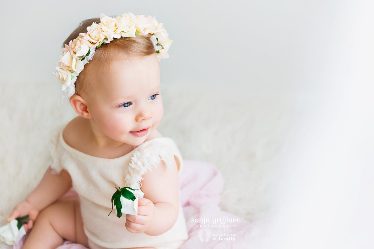 Arabella-Milestone-Brisbane-Newborn-Photographer-Sonja-Griffioen-16.jpg