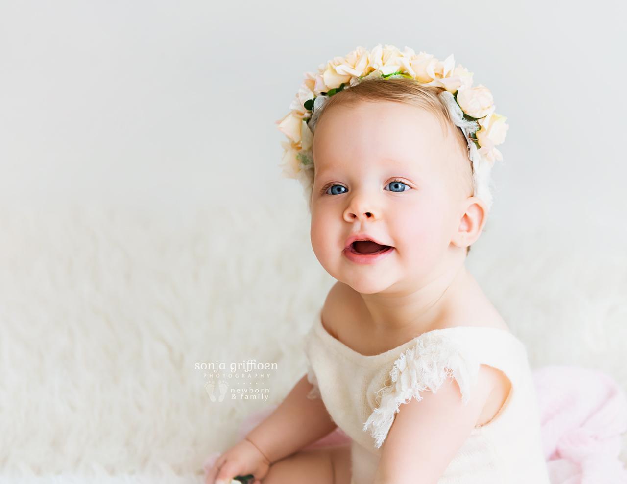 Arabella-Milestone-Brisbane-Newborn-Photographer-Sonja-Griffioen-17.jpg