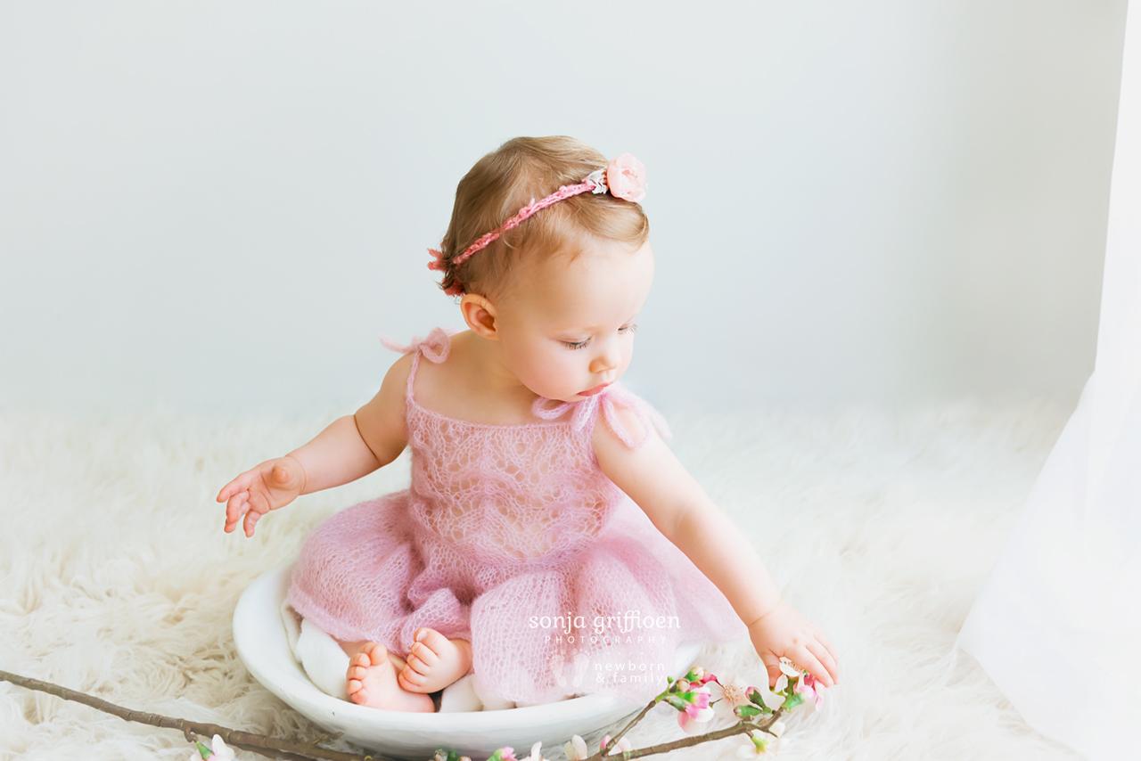 Arabella-Milestone-Brisbane-Newborn-Photographer-Sonja-Griffioen-23.jpg