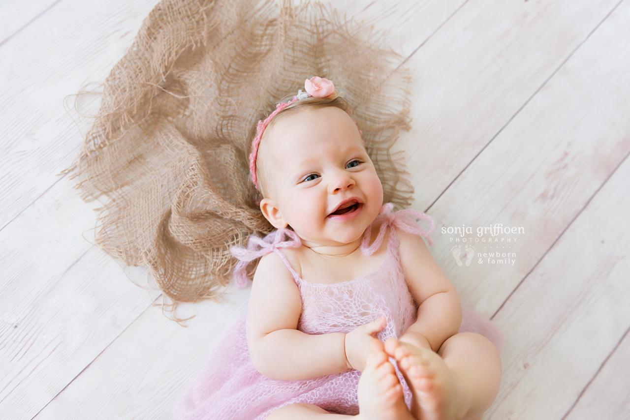 Arabella-Milestone-Brisbane-Newborn-Photographer-Sonja-Griffioen-25.jpg