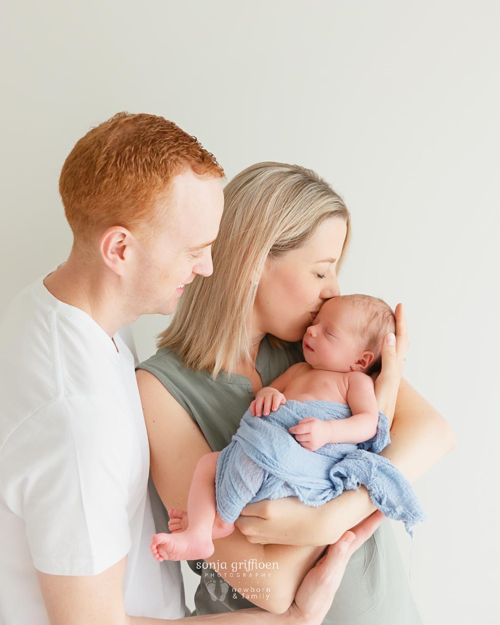 Archie-Newborn-Brisbane-Newborn-Photographer-Sonja-Griffioen-24.jpg