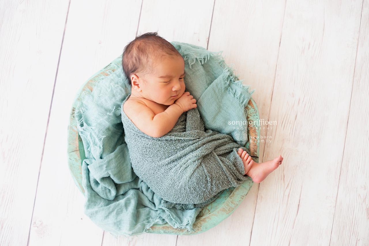 Ari-Newborn-Brisbane-Newborn-Photographer-Sonja-Griffioen-05.jpg