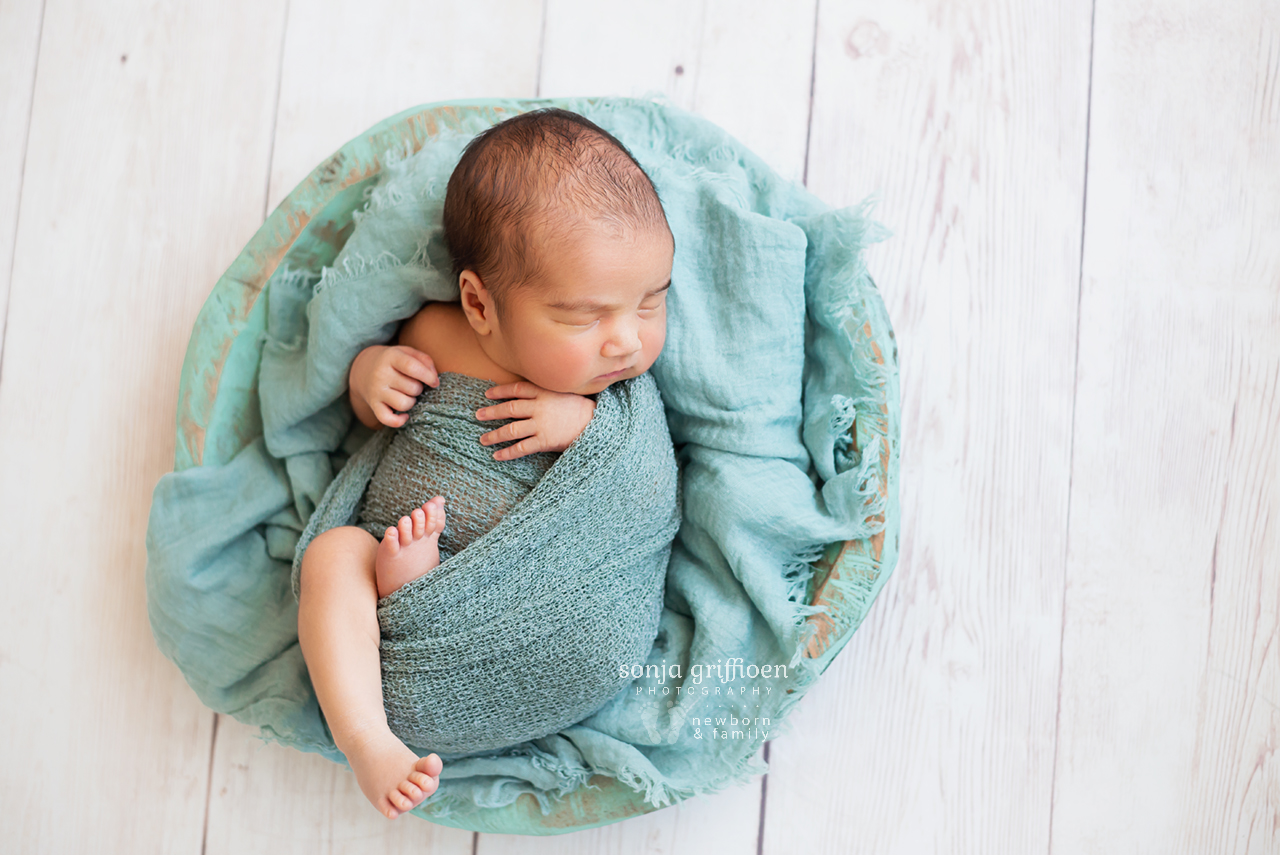 Ari-Newborn-Brisbane-Newborn-Photographer-Sonja-Griffioen-07.jpg