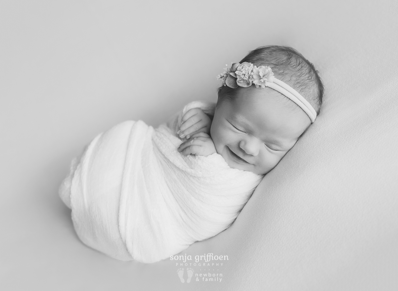Asher-Newborn-Brisbane-Newborn-Photographer-Sonja-Griffioen-01bw.jpg