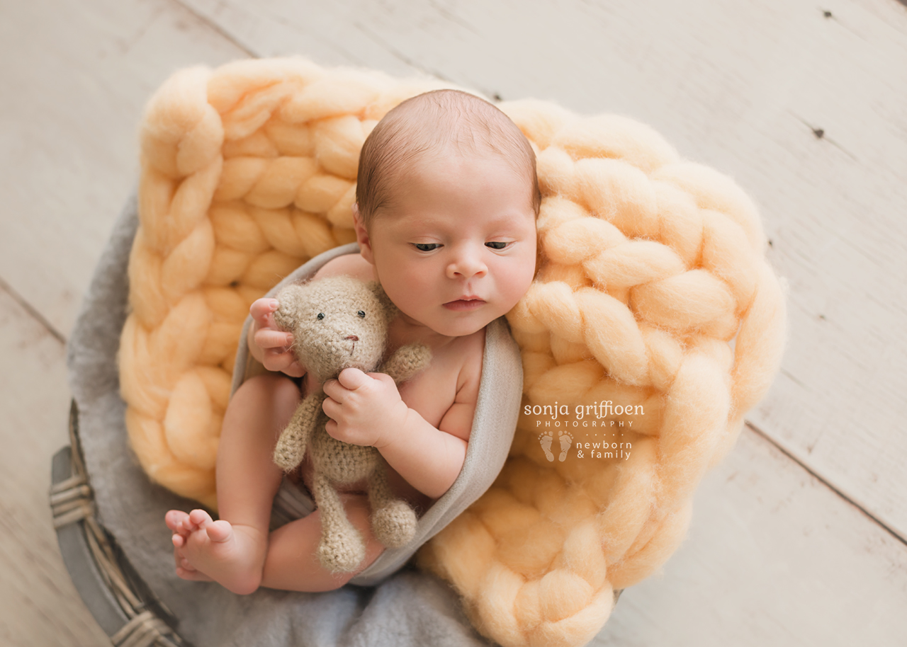 August-Newborn-Brisbane-Newborn-Photographer-Sonja-Griffioen-04.jpg