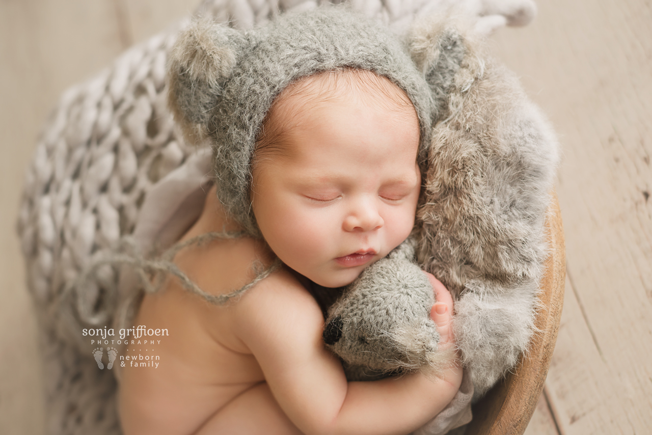 August-Newborn-Brisbane-Newborn-Photographer-Sonja-Griffioen-07.jpg