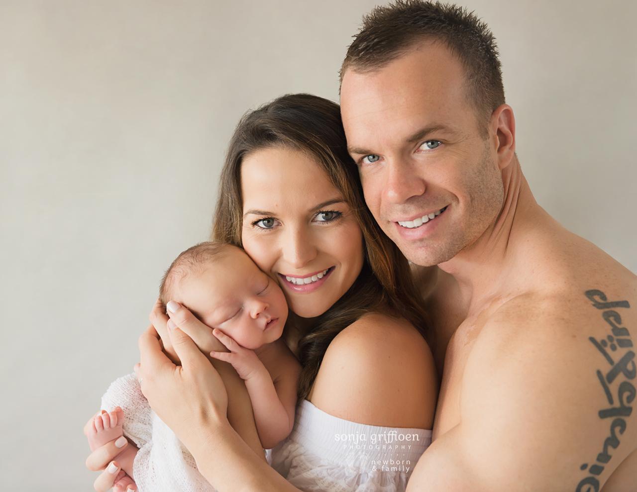 Bobby-Newborn-Brisbane-Newborn-Photographer-Sonja-Griffioen-09.jpg