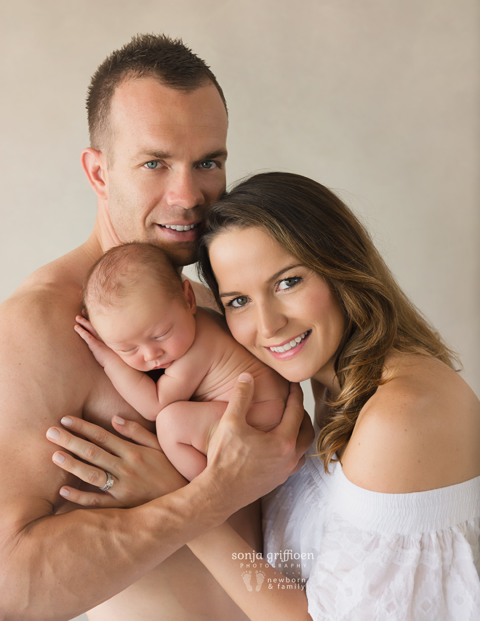 Bobby-Newborn-Brisbane-Newborn-Photographer-Sonja-Griffioen-12.jpg