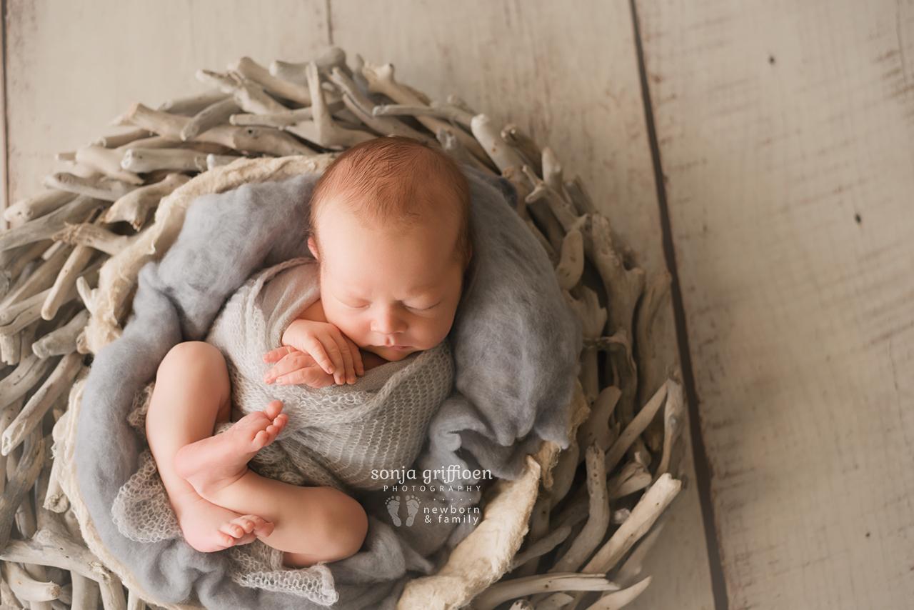 Bobby-Newborn-Brisbane-Newborn-Photographer-Sonja-Griffioen-21.jpg