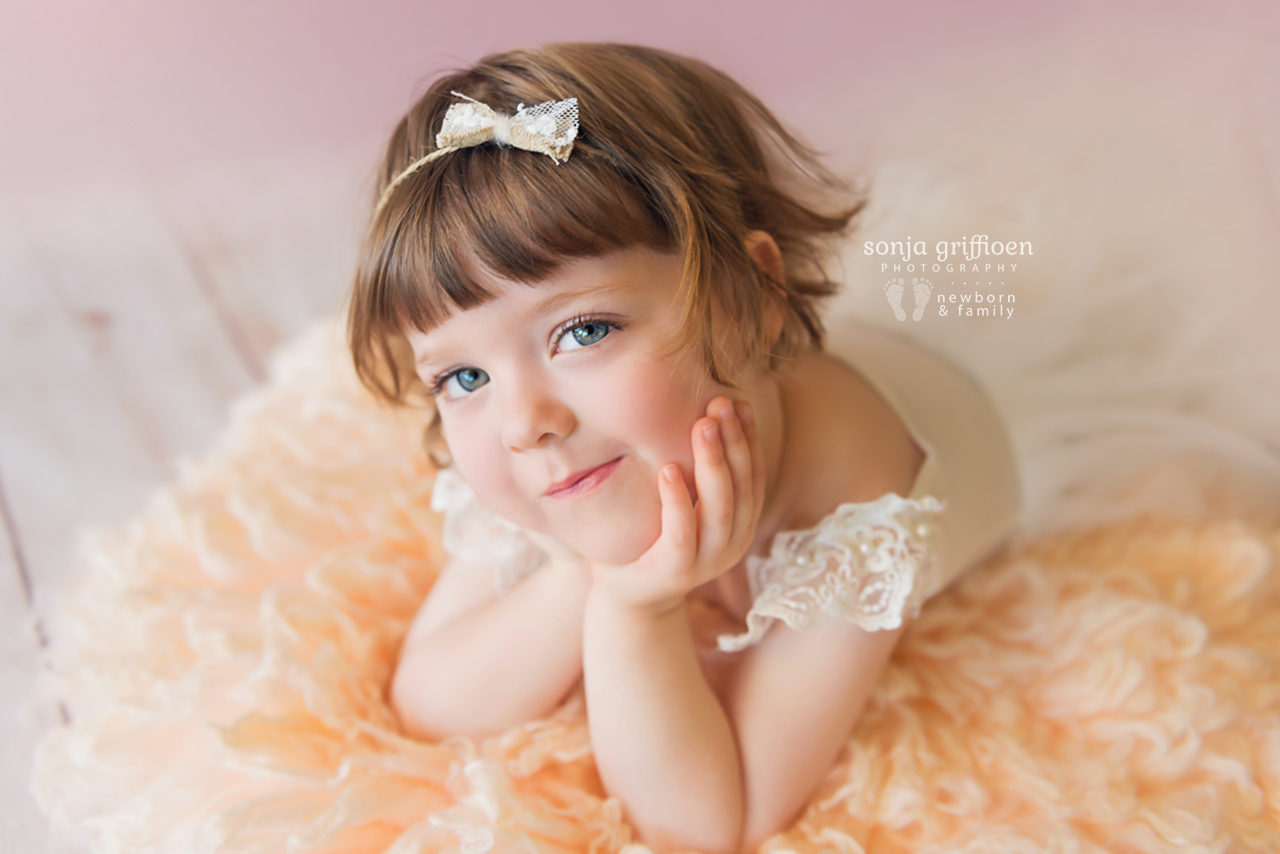 Bonnie-3-years-Brisbane-baby-child-photographer-Sonja-Griffioen-02.jpg
