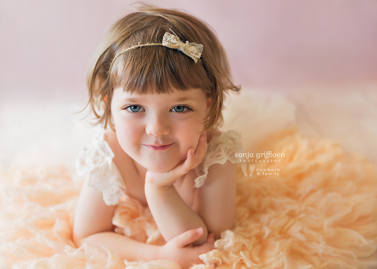 Bonnie-3-years-Brisbane-baby-child-photographer-Sonja-Griffioen-03.jpg